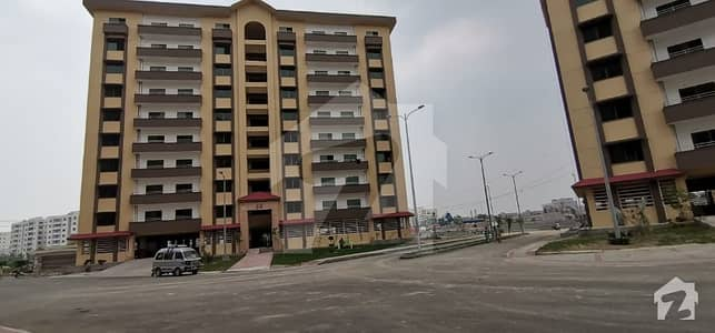 Brand New  Luxury 10 Marla 3 Bed Apartment For Rent In  Askari 11