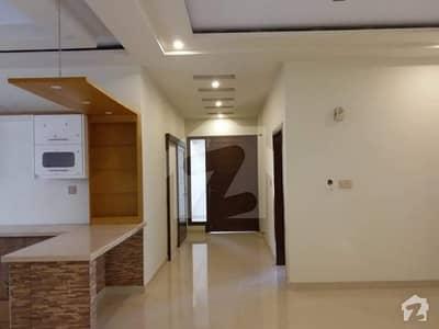 کلفٹن ۔ بلاک 5 کلفٹن کراچی میں 2 کمروں کا 4 مرلہ فلیٹ 1.8 کروڑ میں برائے فروخت۔