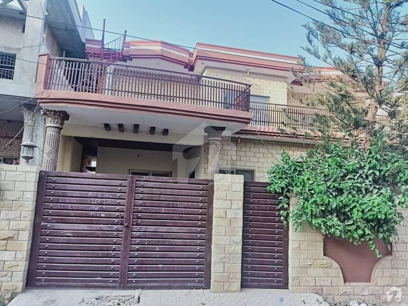 اشرف ٹاؤن چکوال میں 7 کمروں کا 16 مرلہ مکان 1.8 کروڑ میں برائے فروخت۔