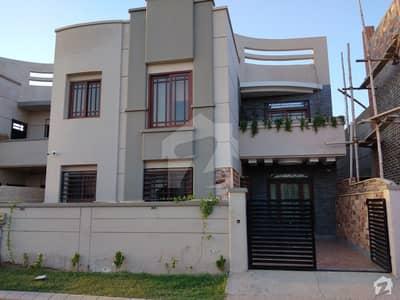 صائمہ لگژری ہومز کراچی میں 4 کمروں کا 10 مرلہ مکان 3.1 کروڑ میں برائے فروخت۔