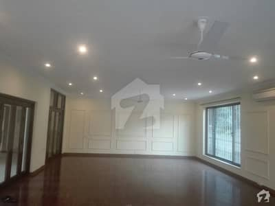 3200 Square Feet House In G-9 For Sale
