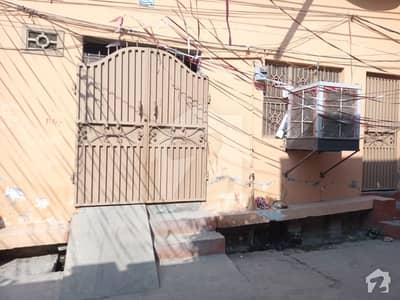 کریم آباد کالونی حافظ آباد میں 4 کمروں کا 5 مرلہ مکان 60 لاکھ میں برائے فروخت۔