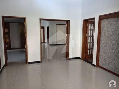 ڈی ایچ اے فیز 1 - سیکٹر اے ڈی ایچ اے ڈیفینس فیز 1 ڈی ایچ اے ڈیفینس اسلام آباد میں 6 کمروں کا 1 کنال مکان 4.5 کروڑ میں برائے فروخت۔