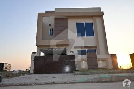 بحریہ ٹاؤن فیز 8 ۔ بلاک ایم بحریہ ٹاؤن فیز 8 بحریہ ٹاؤن راولپنڈی راولپنڈی میں 4 کمروں کا 5 مرلہ مکان 1.18 کروڑ میں برائے فروخت۔