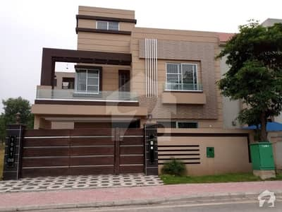 10 Marla House For Rent In Sector C Bahria Town Lahore