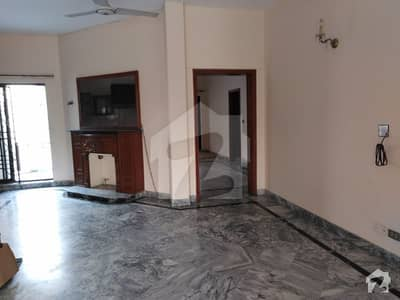 Ten Marla Lower Portion Avalible For Rent In Dha Lahore