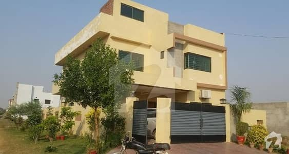 آئی ای پی انجینئرز ٹاؤن لاہور میں 5 کمروں کا 10 مرلہ مکان 1.7 کروڑ میں برائے فروخت۔