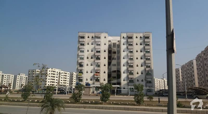 عسکری 11 ۔ سیکٹر بی عسکری 11 عسکری لاہور میں 4 کمروں کا 12 مرلہ فلیٹ 1.65 کروڑ میں برائے فروخت۔