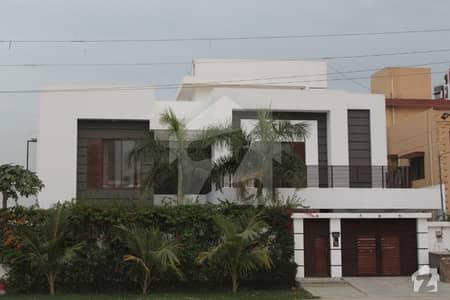 گلشنِ معمار - سیکٹر یو گلشنِ معمار گداپ ٹاؤن کراچی میں 6 کمروں کا 1.23 کنال مکان 6 کروڑ میں برائے فروخت۔