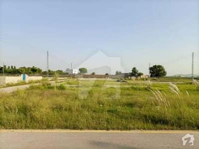 آئی ۔ 12 اسلام آباد میں 8 مرلہ رہائشی پلاٹ 1.15 کروڑ میں برائے فروخت۔