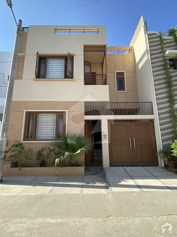120 Yds Bungalow Almost New 1 Year Old In Dha