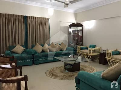 ڈی ایچ اے فیز 7 ڈی ایچ اے کراچی میں 3 کمروں کا 8 مرلہ فلیٹ 2 کروڑ میں برائے فروخت۔