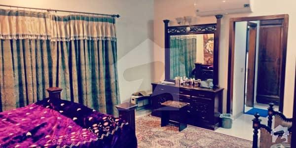 ڈی ایچ اے فیز 2 - بلاک کیو فیز 2 ڈیفنس (ڈی ایچ اے) لاہور میں 4 کمروں کا 1 کنال زیریں پورشن 1.1 لاکھ میں کرایہ پر دستیاب ہے۔