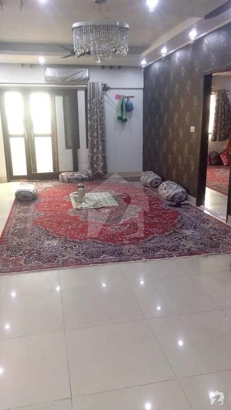 نشاط کمرشل ایریا ڈی ایچ اے فیز 6 ڈی ایچ اے کراچی میں 3 کمروں کا 8 مرلہ فلیٹ 2.15 کروڑ میں برائے فروخت۔