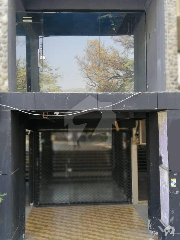 ایف ۔ 7 اسلام آباد میں 8 مرلہ عمارت 25 کروڑ میں برائے فروخت۔