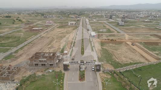 F17 T And T 1 Kanal Plot For Sale On Good Location First Come First Avail