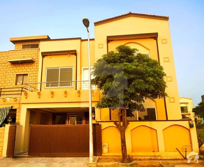 Decent Design House At Next To Boulevard