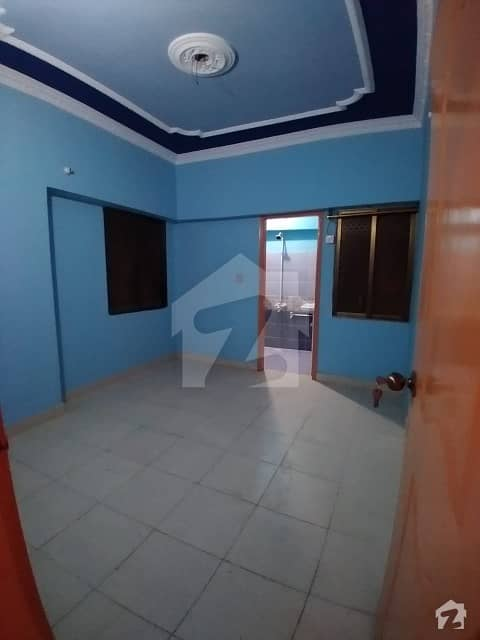 2 Bed Lounge Three Side Corner Well Maintained Flat For Rent In Nazimabad 1