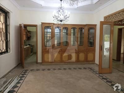 Ideal Location Double Storey House For Rent