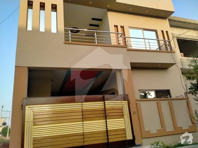 نشیمنِ اقبال فیز 2 نشیمنِ اقبال لاہور میں 5 کمروں کا 5 مرلہ مکان 1.1 کروڑ میں برائے فروخت۔