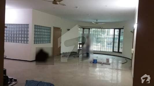 پی آئی اے ہاؤسنگ سکیم لاہور میں 3 کمروں کا 1 کنال بالائی پورشن 55 ہزار میں کرایہ پر دستیاب ہے۔