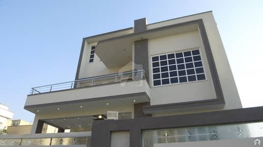 10 Marla Brand New 5 Bed Designer House