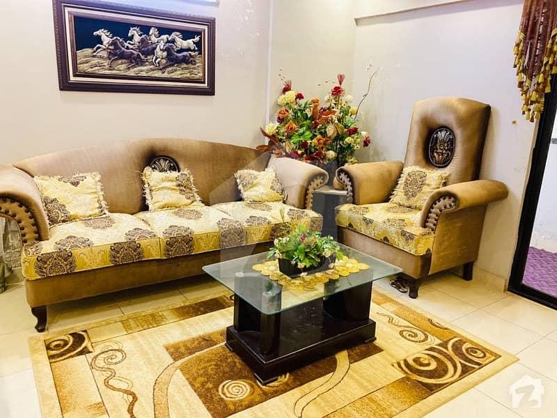 کلفٹن ۔ بلاک 2 کلفٹن کراچی میں 3 کمروں کا 7 مرلہ پینٹ ہاؤس 2 کروڑ میں برائے فروخت۔
