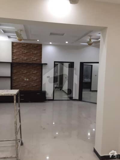 پبلک ہیلتھ سوسائٹی بحریہ ٹاؤن سیکٹر B بحریہ ٹاؤن لاہور میں 5 کمروں کا 10 مرلہ مکان 2.15 کروڑ میں برائے فروخت۔