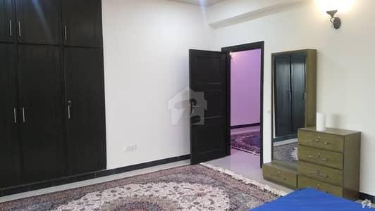 سلک ایگزیکٹو اپارٹمنٹ یونیورسٹی روڈ پشاور میں 4 کمروں کا 8 مرلہ فلیٹ 1.35 کروڑ میں برائے فروخت۔