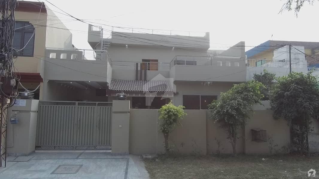 صدر کینٹ لاہور میں 5 کمروں کا 10 مرلہ مکان 2.3 کروڑ میں برائے فروخت۔