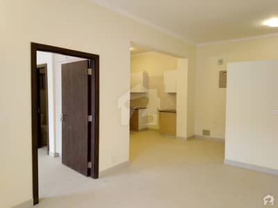 950 Square Feet Flat In Bahria Town Karachi For Sale At Good Location
