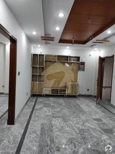 سینٹرل پارک ہاؤسنگ سکیم لاہور میں 2 کمروں کا 4 مرلہ فلیٹ 22 ہزار میں کرایہ پر دستیاب ہے۔