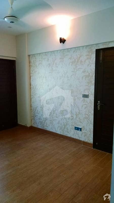 نشاط کمرشل ایریا ڈی ایچ اے فیز 6 ڈی ایچ اے کراچی میں 2 کمروں کا 5 مرلہ فلیٹ 1.48 کروڑ میں برائے فروخت۔