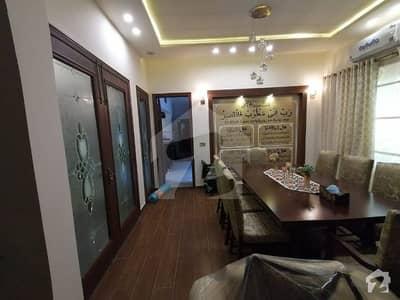 آئی ای پی انجنیئرز ٹاؤن ۔ بلاک ڈی 2 آئی ای پی انجنیئرز ٹاؤن ۔ سیکٹر اے آئی ای پی انجینئرز ٹاؤن لاہور میں 5 کمروں کا 1 کنال مکان 3.25 کروڑ میں برائے فروخت۔