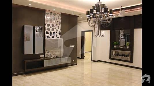 ڈی ایچ اے فیز 6 ڈیفنس (ڈی ایچ اے) لاہور میں 5 کمروں کا 1 کنال مکان 6.75 کروڑ میں برائے فروخت۔
