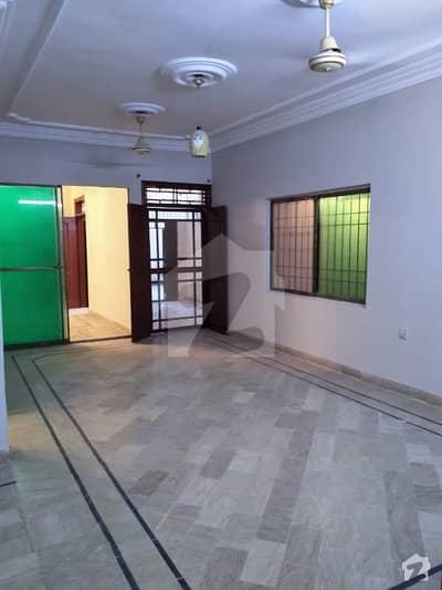 کلفٹن ۔ بلاک 5 کلفٹن کراچی میں 3 کمروں کا 8 مرلہ زیریں پورشن 85 ہزار میں کرایہ پر دستیاب ہے۔