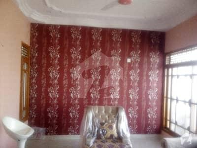 گلستانِِ جوہر ۔ بلاک 3 گلستانِ جوہر کراچی میں 1 کمرے کا 2 مرلہ کمرہ 25 ہزار میں کرایہ پر دستیاب ہے۔