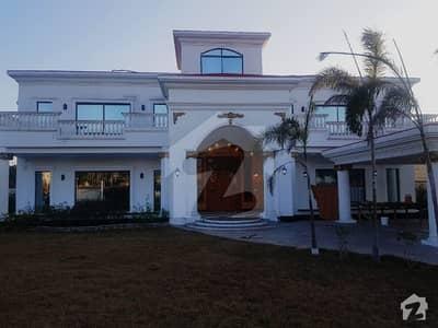 بحریہ ٹاؤن کینال ویو ریزیڈنسی بحریہ ٹاؤن سیکٹر A بحریہ ٹاؤن لاہور میں 5 کمروں کا 4 کنال مکان 12.5 کروڑ میں برائے فروخت۔
