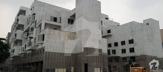 پینٹا سکوائر بائے ڈی ایچ اے لاهور ڈی ایچ اے فیز 5 ڈیفنس (ڈی ایچ اے) لاہور میں 3 کمروں کا 11 مرلہ فلیٹ 3.6 کروڑ میں برائے فروخت۔