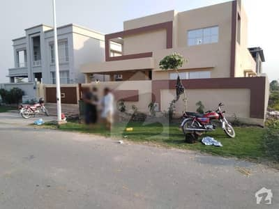 4500  Square Feet House In Stunning Dha Defence Is Available For Rent