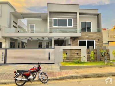 Outclass 1 Kanal Designer House For Sale