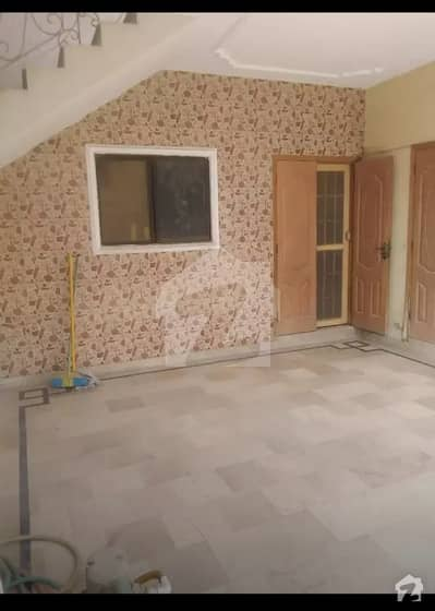 10 Years Old 240 Sq Yards House In Block 12 Jauhar