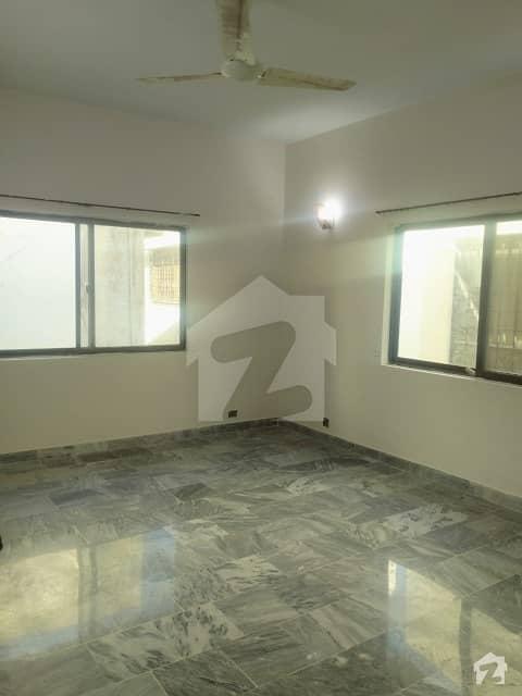 ڈی ایچ اے فیز 7 ڈی ایچ اے کراچی میں 5 کمروں کا 1 کنال مکان 9 کروڑ میں برائے فروخت۔