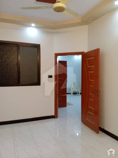 60 Yard Penthouse For Sale 25 Lac