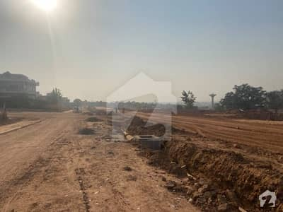 G142 Size 35x70 Street No 68 Land Clear Near To Double Road