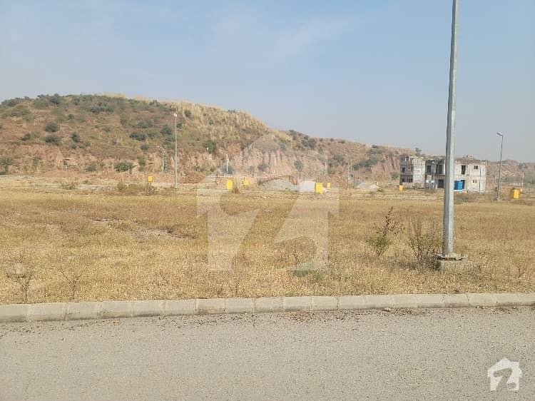 ڈی ایچ اے فیز 3 ۔ بلاک اے ڈی ایچ اے ڈیفینس فیز 3 ڈی ایچ اے ڈیفینس اسلام آباد میں 5 مرلہ رہائشی پلاٹ 60 لاکھ میں برائے فروخت۔