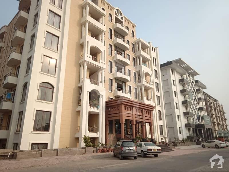 ڈی ایچ اے فیز 8 سابقہ ایئر ایوینیو ڈی ایچ اے فیز 8 ڈی ایچ اے ڈیفینس لاہور میں 3 کمروں کا 10 مرلہ فلیٹ 60 ہزار میں کرایہ پر دستیاب ہے۔
