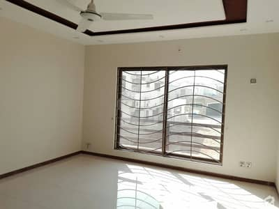 Buy A 10 Marla House For Sale In D-12