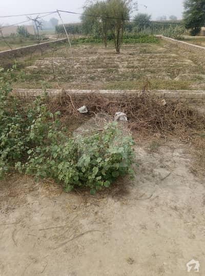 ادرز کہرورپکا میں 10 مرلہ رہائشی پلاٹ 15 لاکھ میں برائے فروخت۔