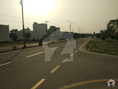 ایلیٹ ٹاؤن لاہور میں 10 مرلہ رہائشی پلاٹ 22 لاکھ میں برائے فروخت۔